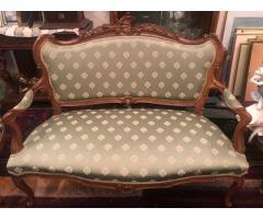 Salonas in stil Neo-Baroc: canapea+2 fotolii+3 scaune