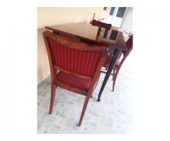 Masa cu 4 scaune Drobeta