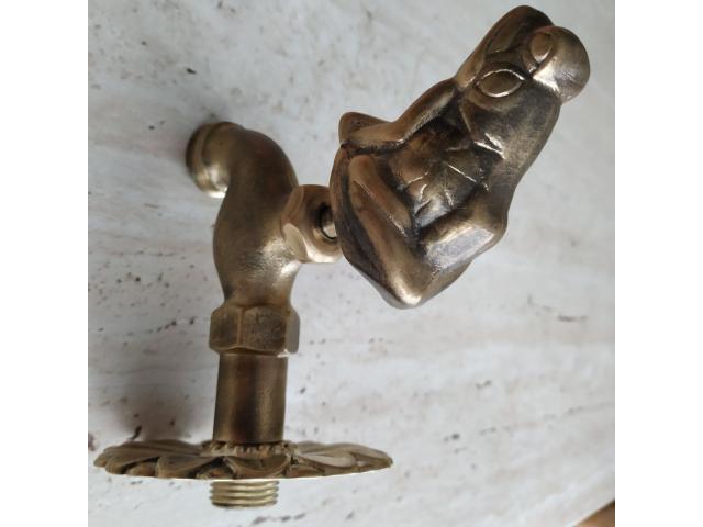 Robinet din bronz